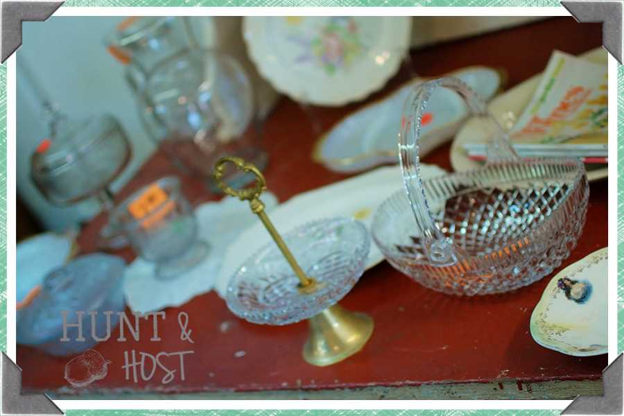 thrift store treasures hunt and host