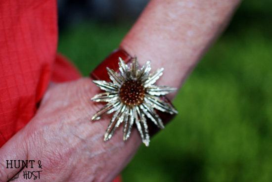 thrift store jewelry upcycle to brooch bracelet