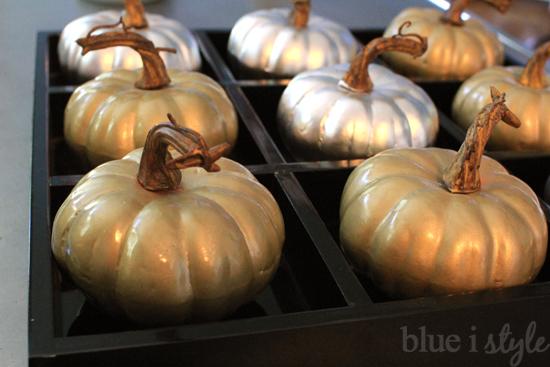 blue i style - PumpkinTicTacToe5