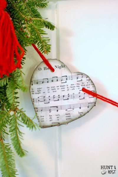 An Artistic Advent continues with Week 3: Scarlet Heart Garland and discussion on Ann Voskamp's The Greatest Gift