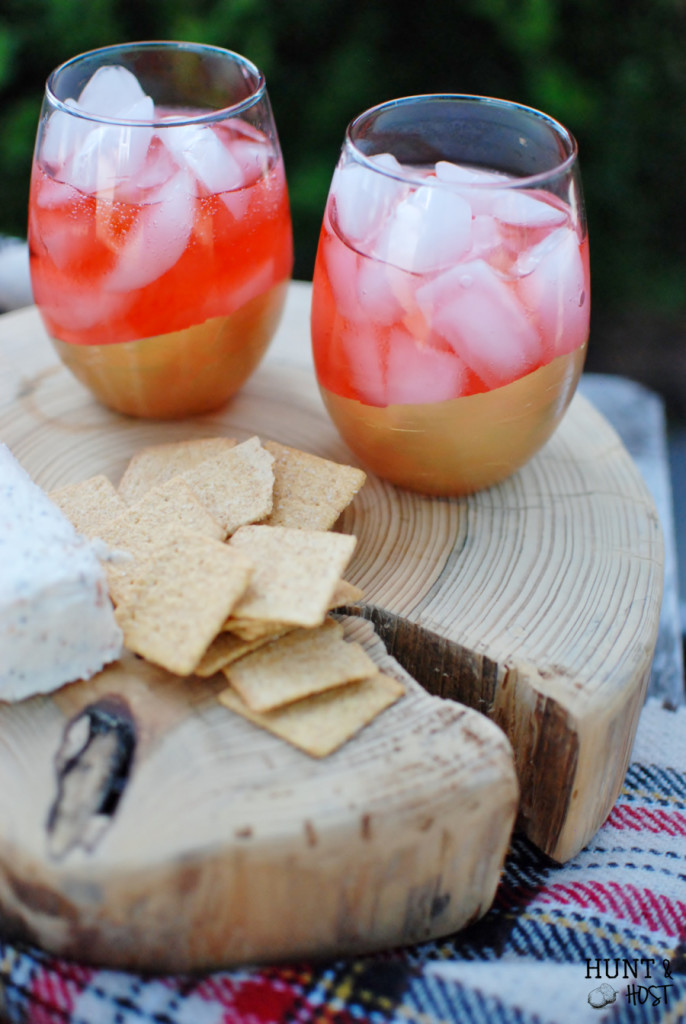 Easy DIY gold dipped party glasses, great for New Year's Eve, hostess gifts or any party affair!