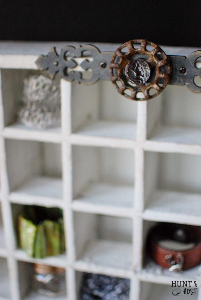 Soda Crate Jewelry Organizer. #junkReVision Challenge. huntandhost.net