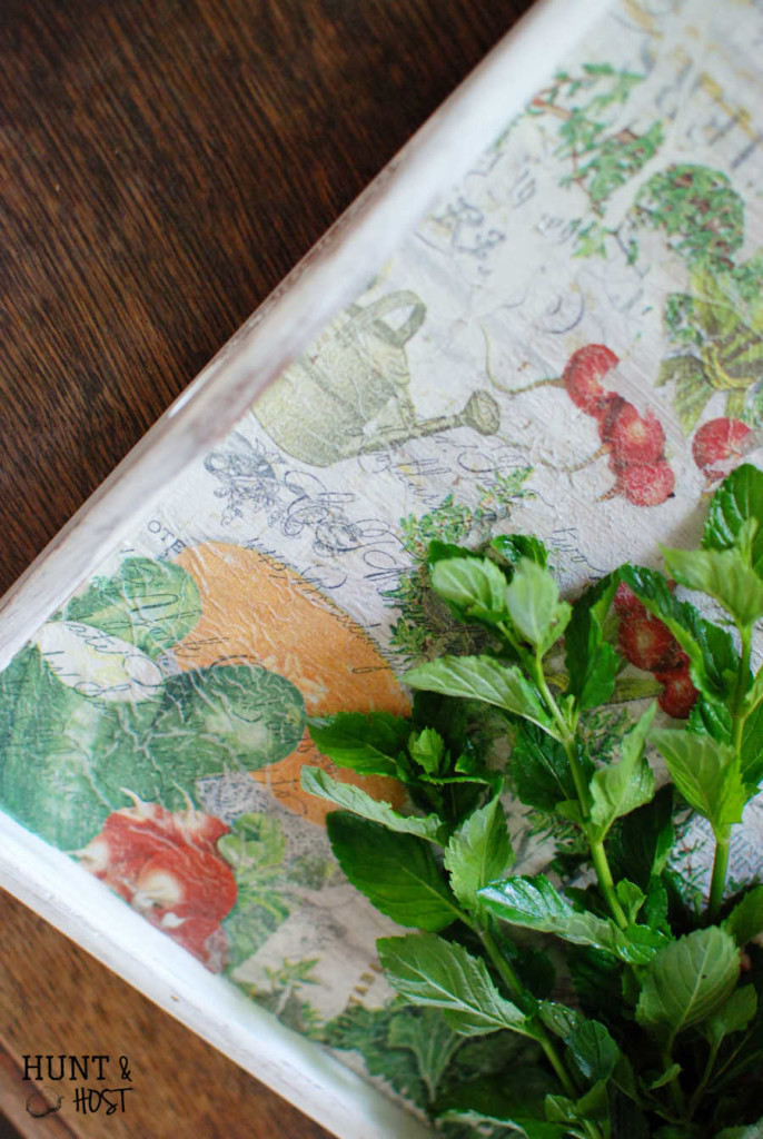 "This boring tray gets a farmhouse garden makeover. A DIY napkin ""painting"" tutorial. www.huntandhost.net"