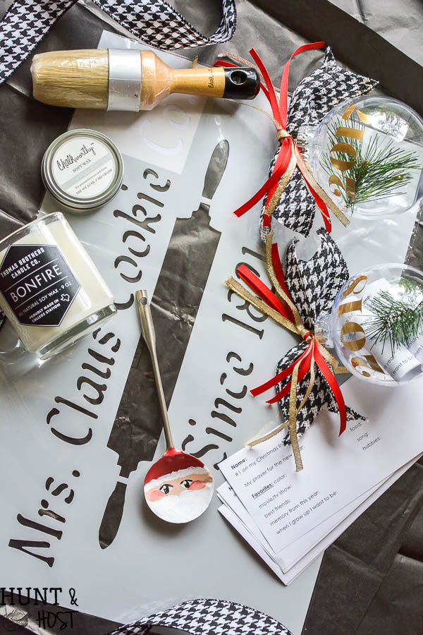 Things I love in November! Free giveaway box. Looking for a candle gift, perfect Christmas stencil or great chalky paint products? Here ya go!