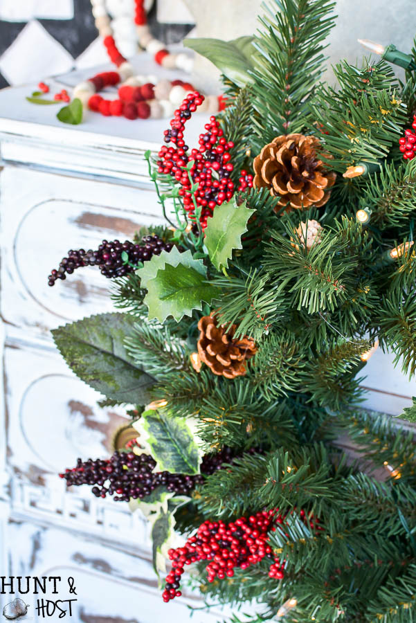 Christmas wreath ideas for your front porch. Get in the Christmas spirit with this fun porch tour full of Christmas decorating ideas!
