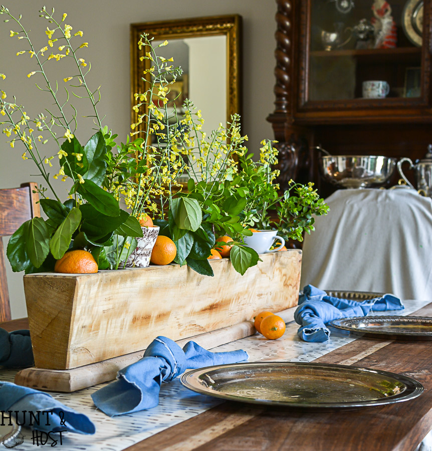 A sweet sugar mold tablescape idea, layer on the warmth and charm with these simple decorating elements from the dollar bins and thrift stores.