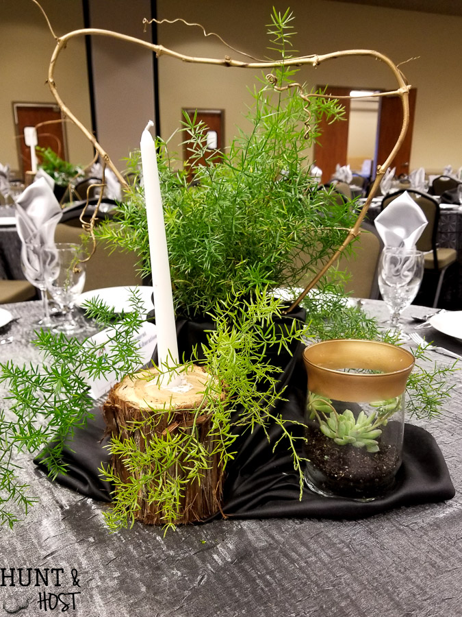 Tips for chic centerpieces on a budget. Are you decorating for a wedding or banquet and have a tight budget? These easy tips will help you create a gorgeous event without breaking the bank!