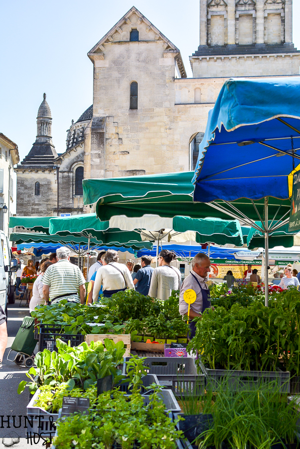 Planning a trip to France, add these french excursions to your vacation itenerary. Visit Saint Emilion and Perigueux for a fun and gorgeous French adventure. #travelFrance #FrenchCountry #Frenchvacation #FrenchExcursion #TheAcademy #FrenchChocolate
