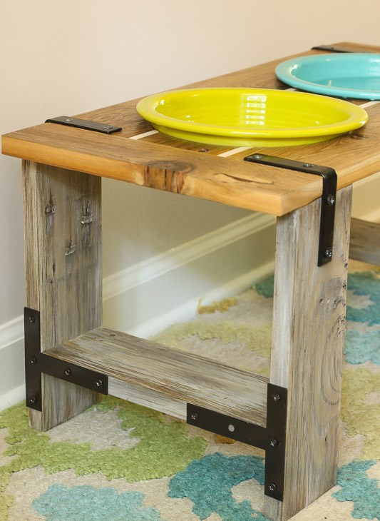 These cute pet bowl ideas are the perfect way make your pet's feeding station part of your decor. Love on your furry friend with these DIY dog bowl stand ideas and cute cat bowl DIY stnads. We all know the way to a pet's heart is through their stomach! Might as well have their food bowls looking cute. #catfoodbowlideas #cutepets #petfoodstation #dogfoodideas #catfoodideas #personalizedpet #furryfriendlove #DIYpetideas